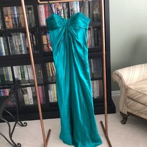 Laundry by Design Strapless Gown